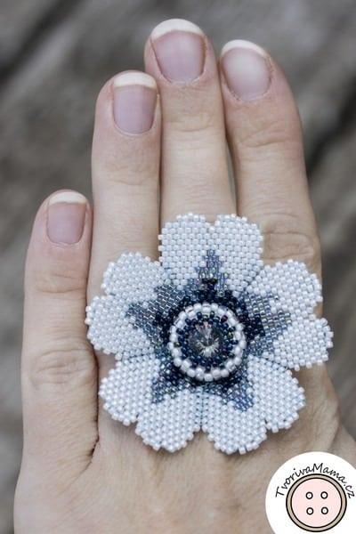 White flower Beadweaving Ring
