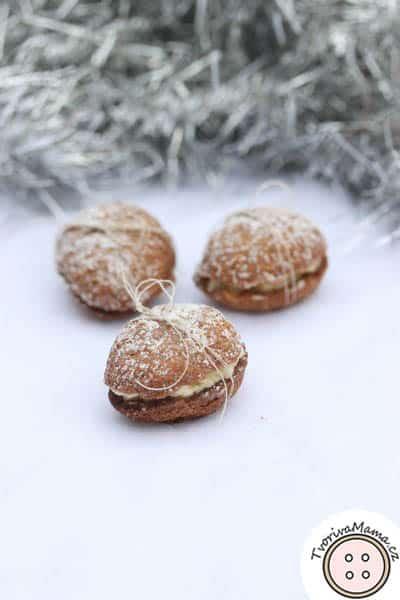 vánoční cukroví ořechy
